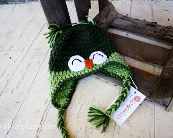 Dark Green and Leaf Baby Owl Crochet Hat - 6-12 months
