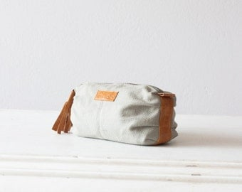 Accessory bag grey canvas and brown leather,cosmetic case,makeup storage,cotton case,vanity storage  - Ariadne makeup bag