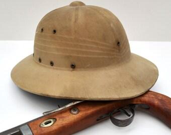 Vintage 1940s safari hat pith helmet, WWII military helmet,  Dr. Livingstone Halloween costume, original military helmet