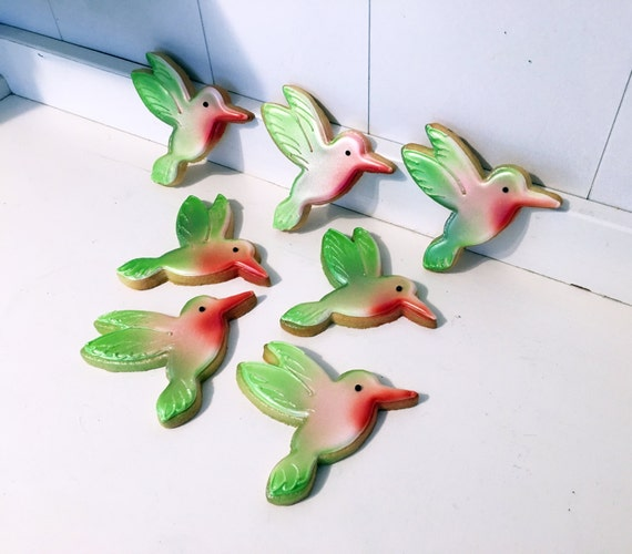 Hummingbird Hand Decorated Sugar Cookies - 1 Dozen