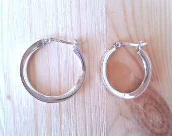 New Listing Sale...Chic Sterling Silver 925 Medium Hoops. Perfect Gift. Etsy Gift. Jewelry Gift for her