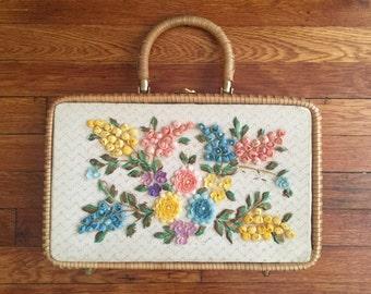 Vintage 1950s Floral Sea Shell Wicker Box Purse