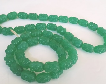 New Vintage Occupied Japan Iridescent Translucent Jade Green Art Glass Bead Strand