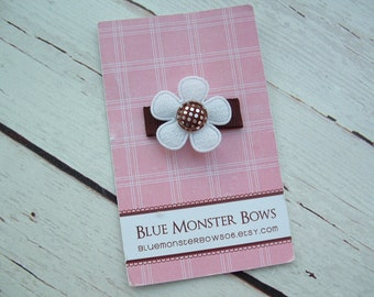 ONE DOLLAR CLIP White Flower with Brown Gingham Glitter Center Baby Snap Clip No Slip