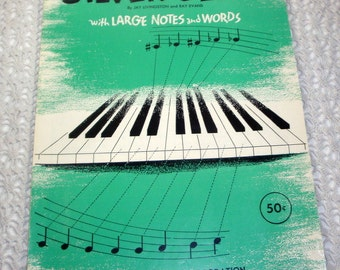 Vintage Sheet Music, Silver Bells, Christmas Music, Simplified Piano Solo, Large Notes and Words, Paramount Music, Green, 1952  (943-15)