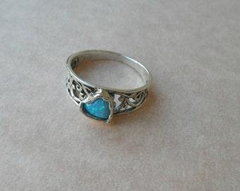 heart opal silver ring