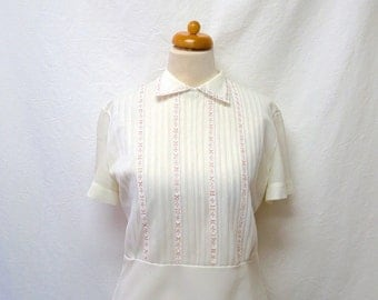 1950s Vintage Lace Inset Blouse / White & Peach Pintucked Shirt