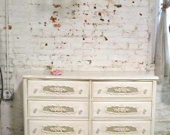 Painted Cottage Chic Shabby French Chest DR847