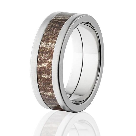 NEW 8MM Flat Branded Mossy Oak Titanium Ring, Bottomland Pattern: 8P-BOMMOMLAND