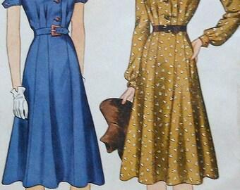 Vintage Dress Sewing Pattern UNCUT Simplicity 3517 Size 14 1940's