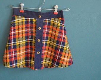 Vintage 1960s 1970s Girl's Plaid Skirt - Size 7