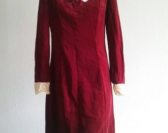 Vintage Crimson red dress laced collar velveteen Mini Dress 1960s  oxblood / burgundy Long Sleeve 1960s Christmas holiday dress