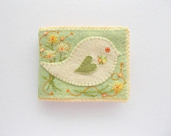 Needle Book Pastel Green Felt Needle Organizer with Folk Art Bird Hand Embroidery Handsewn