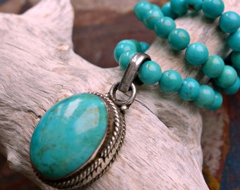 Turquoise Sterling Pendant Bead Necklace