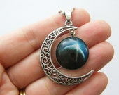 1 Moon cabochon pendant antique silver tone NB3-49