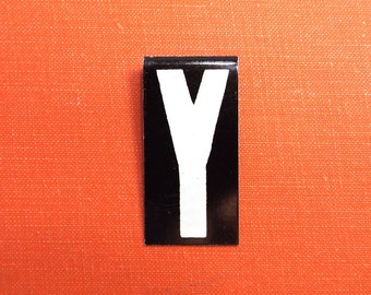 """vintage 40's letter Y industrial metal sign 1.5"""" long .5"""" wide black & white hanging small little tiny mini baked on enamel church board old"""