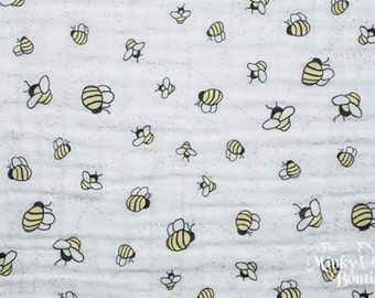 Double Gauze Cotton Embrace - Beez A Buzz/Banana