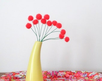 Coral Pom Pom Flowers.  Felt flowers.  Modern Bouquet.  Faux Flowers. Craspedia, billy buttons.  Yarn Pompoms.  Peach Floral Small Bouquet.