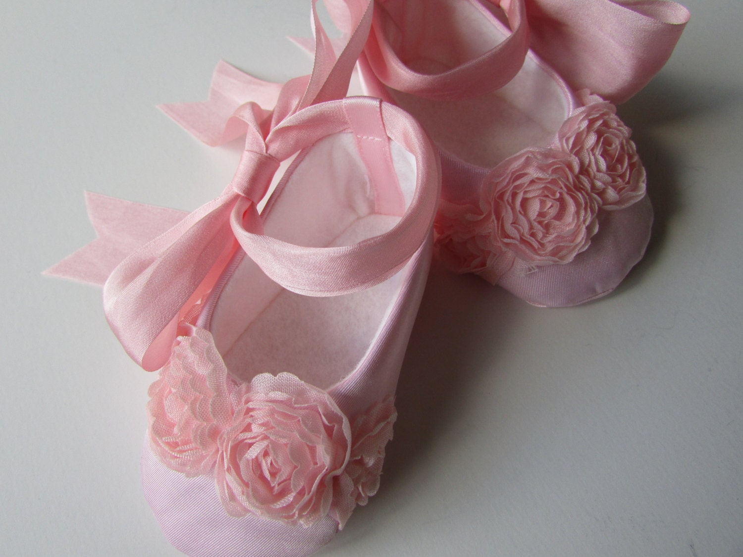 Girls' Ballet Dance Shoes. Clothing. Shoes. Kids & Baby Shoes. All Girls Shoes. Product - Sansha Pink Ballet Full Leather Sole Ballet Shoes Little Girls 5M-7M. Product Image. Price $ 99 - $ Girls Pink Leather Outsole Satin Bow Glitter Ballet Shoes 2 Baby Kids. Product Image.