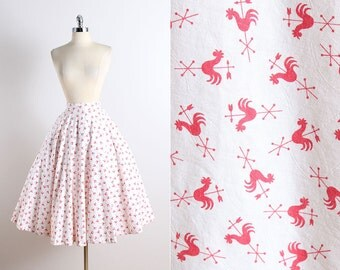Vintage 50s Skirt | vintage 1950s dress | red rooster novelty print xs | 5794