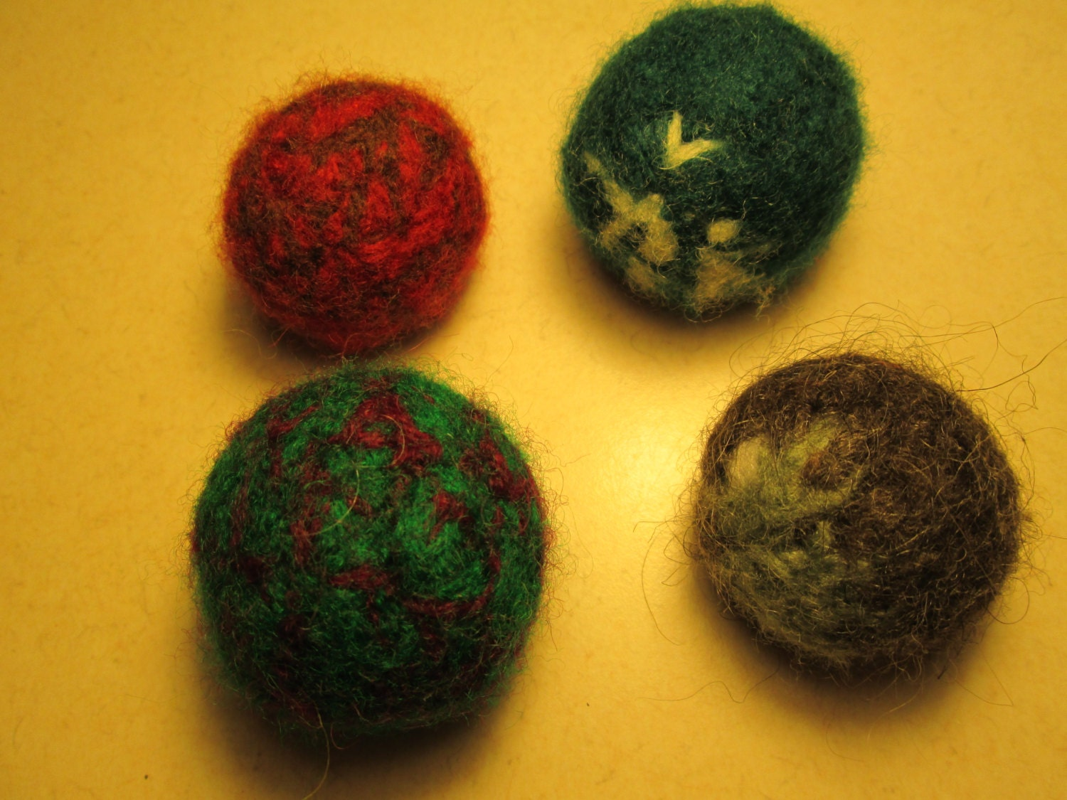Cat Toys Balls : Set of wool cat toy balls by suzannesstitches