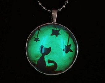 Glow in the Dark Cat Stars Necklace Pendant, Silver