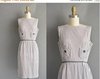 25% off SHOP SALE... vintage 1950s dress / 50s cotton gray pinstripe print vintage dress