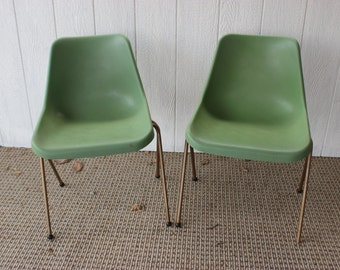 Vintage Retro Chair Plastic Stackable Molded Plastic Mid Century Green Plastic Chair