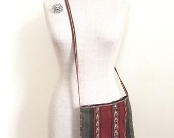 Vintage Hippie Purse - Hobo Bag - Wool Kilim - Carpet Bag - Crossbody Bag - Shoulder Strap