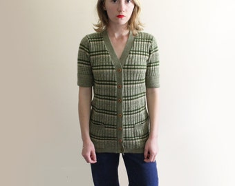 vintage knit top sweater cardigan 1970s retro green striped long size small s