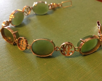 ON SALE Vintage 18k Gold and Jade Cabochon Link Bracelet with Chinese Caligraphy