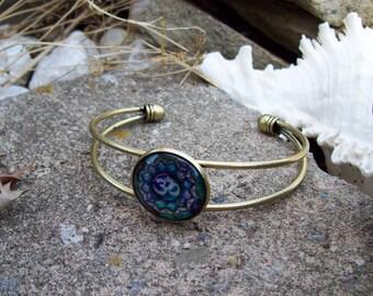 Cuff Bracelet, Ohm mandala glass Cabochon, Hippie Boho Bracelet, Mandala Bracelet, om ohm symbol bracelet, art medallion bracelet