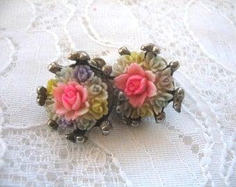 Vintage Plastic Earrings ~ Screwback ~ Pink ~ Celluloid