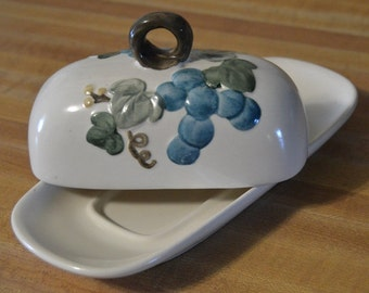 Vintage Poppy Trail Grapevine pattern by Metlock Made in California Butter Dish
