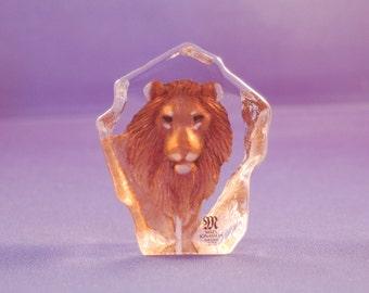 Swedish artist Mats Jonasson comes the Beautiful Colored miniature  Lion handmade Crystal Paperweight / Sculpture ~ # 1876 ~Very Good