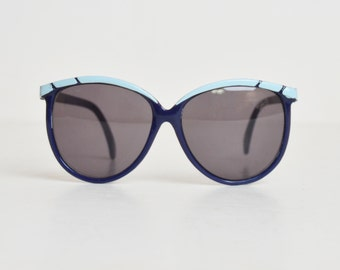 Vintage 80s Oversized Navy Blue and White Sunglasses Shades
