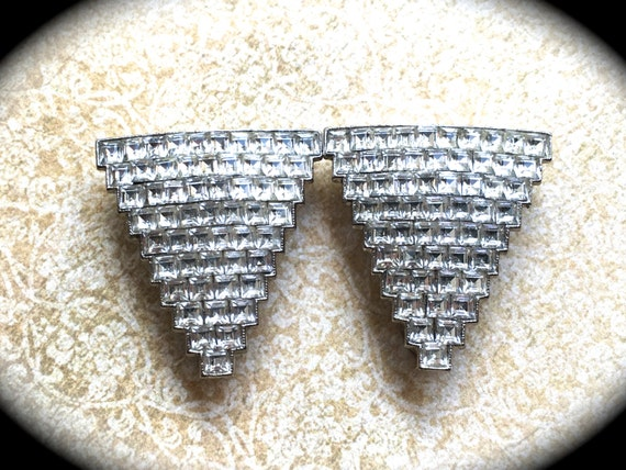 Vintage Pair of Rhinestone Dress Clips- Vintage Brooch Pair- Wedding Clips- Pair of Brooches -Vintage Dress clips- Rhinestone Jewelry