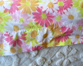 Vintage Twin Flat Sheet, Sun Daisy by Pequot, Pink Floral, Mid-Century Linens