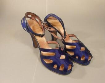 Shopping Royal Debts - Vintage 1940s WW2 Royal Blue Silk Satin Platform Pin Up Heels Pumps - 6