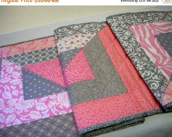 CIJ SALE Quilted Table Runner Pink Gray White Quiltsy Handmade FREE U.S. Shipping