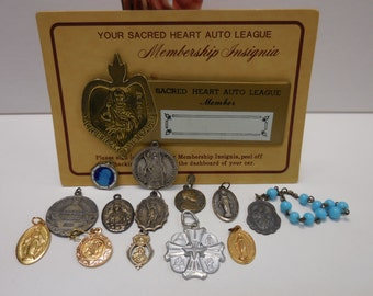 Vintage antique religious medals Pins Finger Rosary Auto Badge Virgin Mary, Jesus Saints collection variety