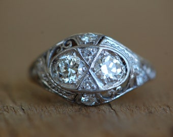 Art Deco platinum twin diamond filigree engagement ring ∙ 1930s Art Deco filigree matched diamond ring