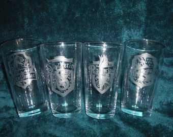 Harry Potter Hogwarts' House Crest Glass