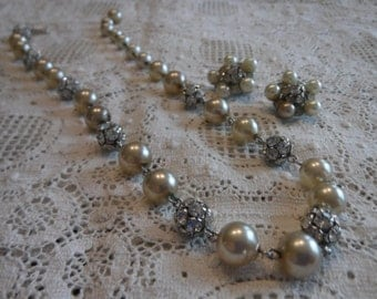 Vintage Pearl and Rhinestone Necklace And Earring Set//F60