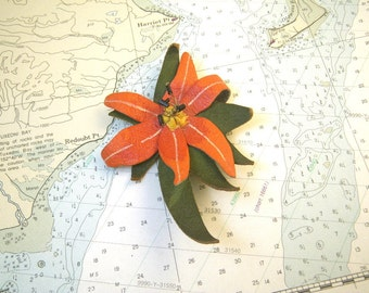 1940s Leather Poinsettia Brooch - Large - Christmas Winter Pin