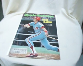 Vintage May 3, 1976 Sports Illustrated Magazine, The Big Blast-Off Home Run Champ Mike Schmidt, collectable