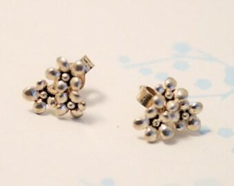 Sterling silver flower stud earrings. Tiny flower earrings