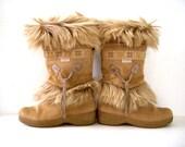 Vintage 90s Tan Fur TECNICA Snow Boots - Beige Fur Snow Boots - Tecnica Ski Boots - Tan Boho Chic Snow Boots - Size 7 to 7.5  EU 38