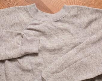 Hanes Raglan Sweatshirt, Soft Tri-Blend Heather Gray Shirt, Vintage 80s