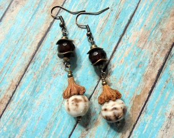 Brown and White Pumpkin Earrings (3014)